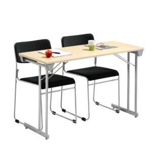 paket med stolar och bord
