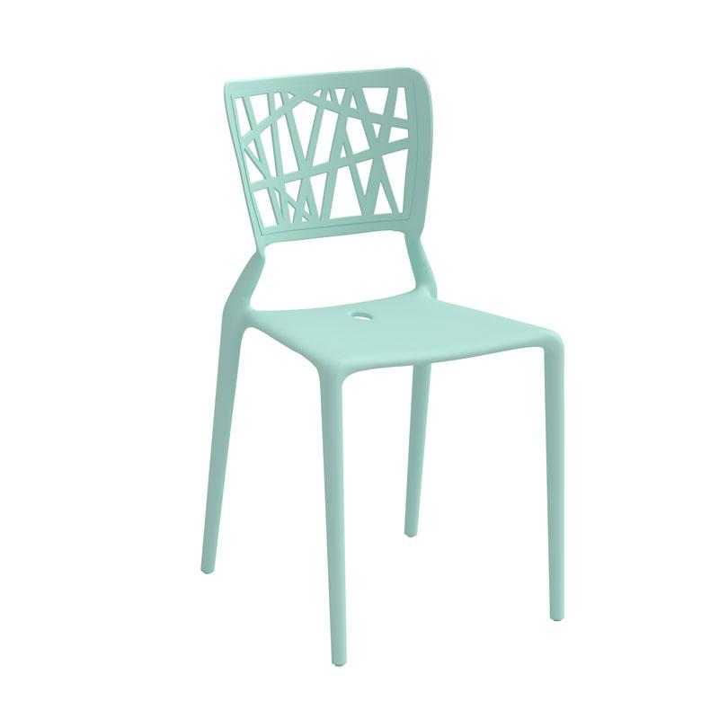 En mintrgrön stol