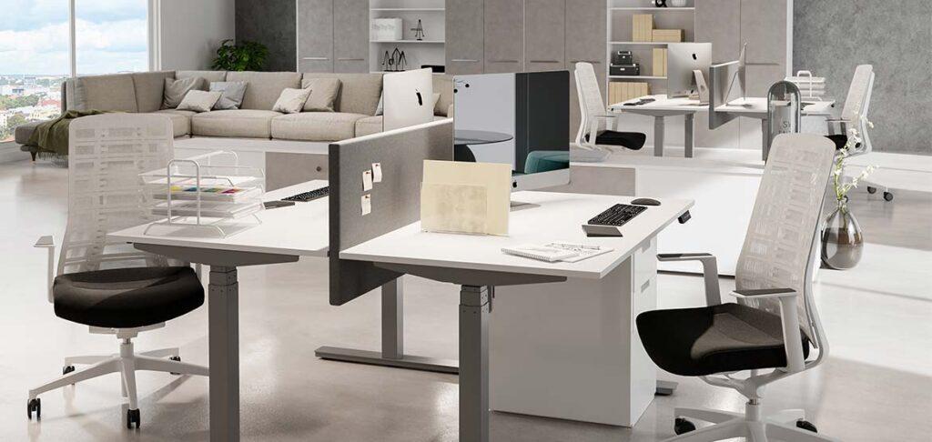Nu lagerhåller vi på ELJ Furniture höj & sänkbara bord med 1 motor.